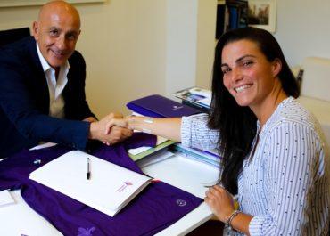 Alia Guagni firma il contratto con la Fiorentina