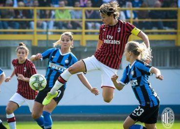 Valentina Giacinti nel derby Inter - MIlan