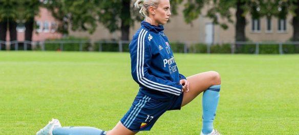 La calciatrice svedese Petronilla Ekroth