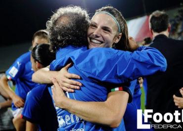 La gioia di Cecilia Salvai con la nazionale